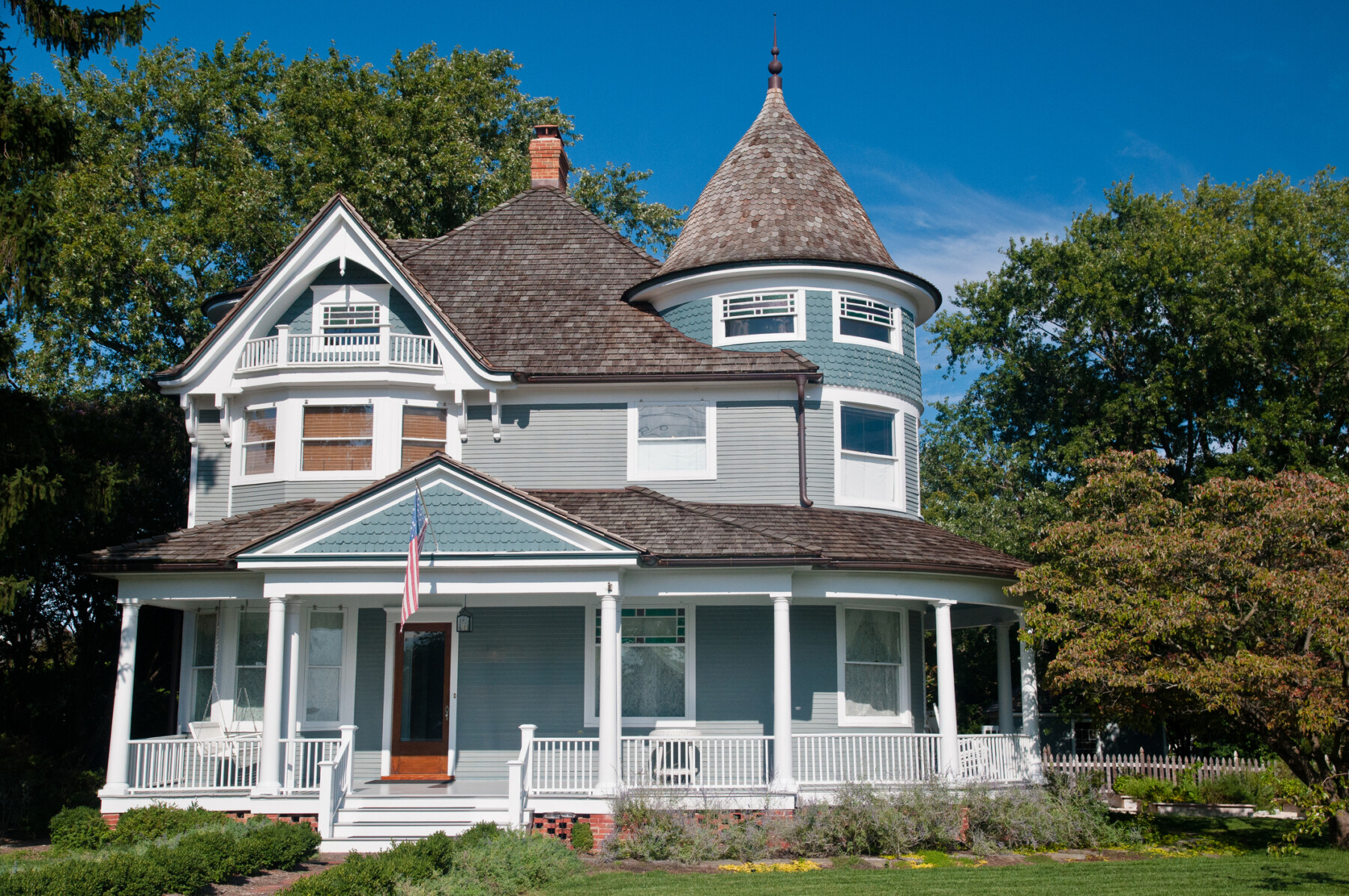 Victorian-Style Home: Grandeur, Complex, and One-of-a-Kind